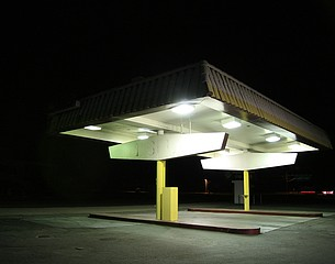 Alan Kupchick: No Gas, Rancho Mirage, California, 2006