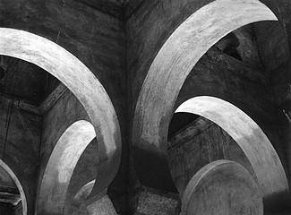 Blaine Ellis: Arches,Mosque,Toledo,Spain, 2004