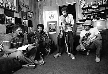 Christopher R. Harris: The Neville Brothers, 1982