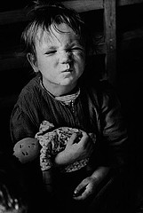 David Seymour: Refugee with Homemade Doll, Vienna, 1948