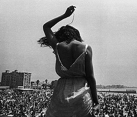 Dennis Stock: Rock Festival, Venice Beach, 1968