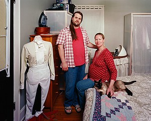 Dona Schwartz: Monica and Seth, 17 days, 2008