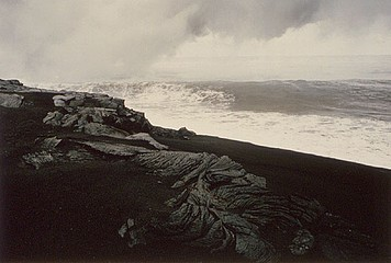 Elaine Mayes: New Black Sand Beach, Island of Hawaii, 1992
