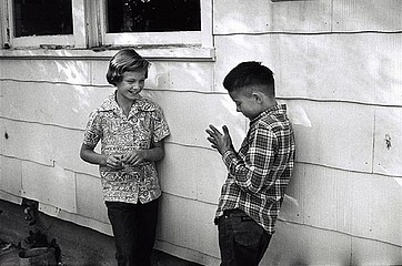 Elliott Erwitt: Boy and girl.  Wyoming, 1954
