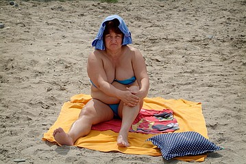 Frank Ward: Woman on the Beach, Odessa, Ukraine, 2005
