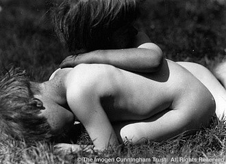 Imogen Cunningham: Twins on the Grass, 1922