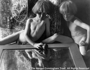 Imogen Cunningham: Twins with Mirror, 1923