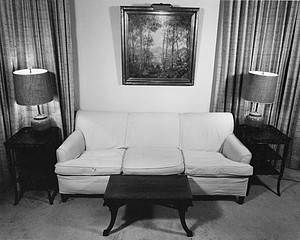 Jeffris Elliott: Mother's Livingroom