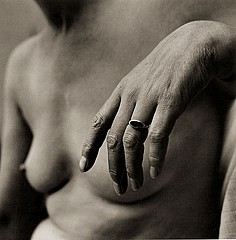 Jerome Liebling: Woman, hand, 1962