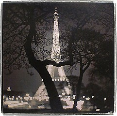 Keith Carter: Eiffel Tower, 1999