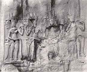 Elvira Piedra: Procession, Divine Symbol of Happiness, Angkor Wat, 2002