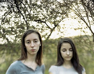 Lydia Panas: Aimee Lubczanski and her Sister, 2008