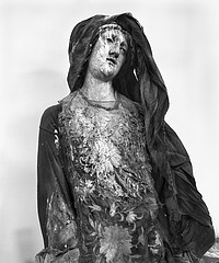 Margaret Stratton: Dilapidated Statue, Santa Agrippino A Forcella, Naples, Italy, 2002