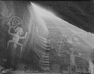 Mark Klett: Petroglyphs in the Cave of Life, Petrified Forest, AZ, 1982
