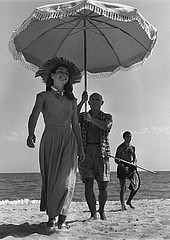 Robert Capa: Pablo Picasso and Francoise Gilot, Cap d'Antibes, 1951