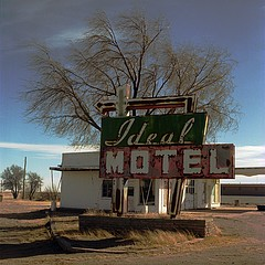 Steve Fitch: Ideal Motel, Vaugn, NM, 1994