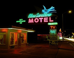 Steve Fitch: Blue Swallow Motel, Tucumcari, New Mexico, July 1990