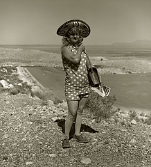 Steve Fitch: Tourist lady, Highway 66, Meteor Crater, Arizona, 1971