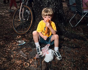 Susana Raab: Foot-Long Corn Dog, LaBelle, Florida, 2006