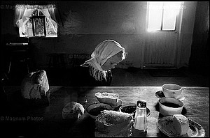 Larry Towell: The Mennonites Portfolio
