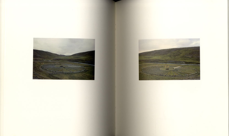 Roni Horn: Folds (Ísland: To Place, vol. 2)