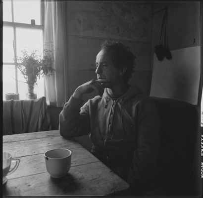 Walker Evans and Robert Frank – An Essay on Influence by Tod Papageorge (1981)